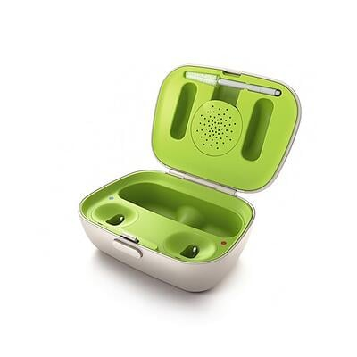 Packshot_Rechargeable_Charger_Case_open